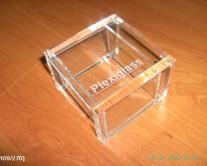 κουτάκι με plexiglass