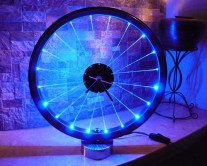 Πλέξιγκλας φωτιστικό μπλε