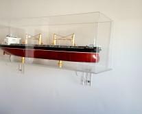 Καράβι σε κουτί plexiglass