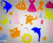 διάφορα παιδικά αντικείμενα