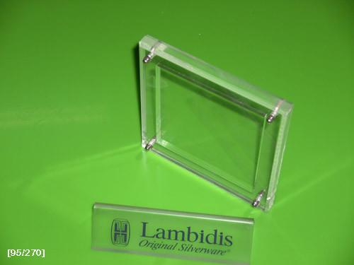 επιτραπέζιο αντικείμενο με έμβλημα (2)