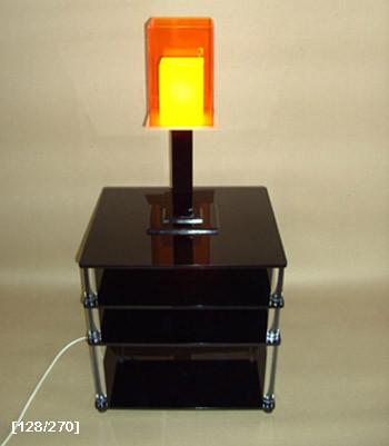 φωτιστικό με έπιπλο από plexiglass 2