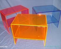 κομοδίνα από Plexiglass χρωματιστά