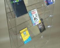σταντ για περιοδικά από Plexiglass