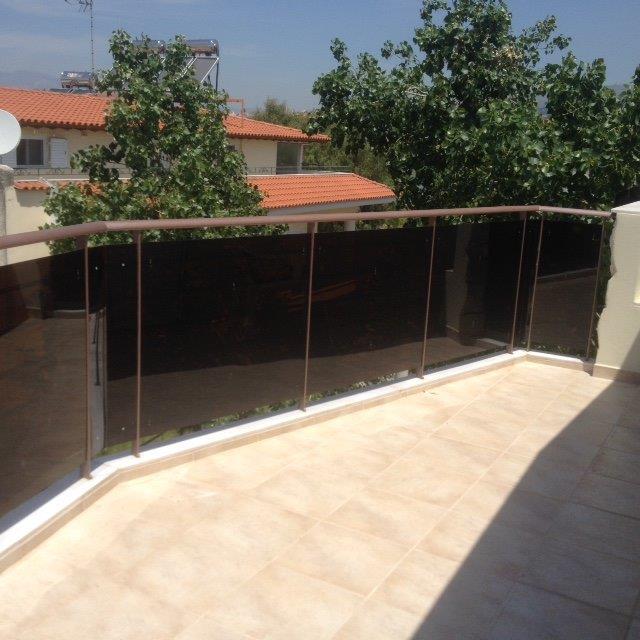 Προστατευτικά για μπαλκόνια από plexiglass